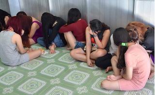 """""""Nhổ tận gốc"""" cơ sở massage trá hình Triều Châu 7 của nhóm má mì nam"""