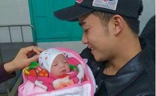 Đỗ Duy Nam bật khóc khi bế con gái bé bỏng vừa chào đời