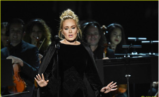 Grammy 2017: Adele hát lỗi, phải dừng giữa chừng