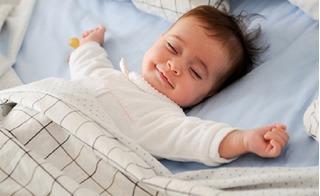 Mách mẹ cách rèn trẻ ngủ trưa để con tăng trí thông minh thêm 30%