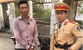 Hà Nội: Bắt đối tượng vận chuyển ma túy ngay trước UBND huyện Thanh Trì
