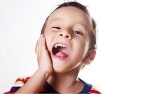 Hút thuốc thụ động làm tăng nguy cơ sâu răng ở trẻ em?
