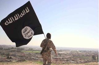 Kinh nghiệm non nớt, chiến binh IS đánh bom làm chính mình tan xác