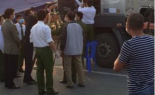 Phát hiện thi thể người đàn ông đang phân hủy nằm trong cabin xe tải