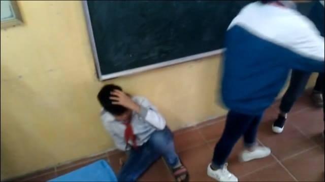 nam sinh lớp 7 bị đánh ở Nam Định