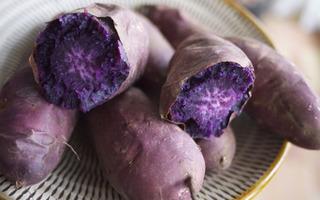 """Mỗi ngày ăn một củ khoai lang tím, tế bào ung thư """"ức quá"""" mà chết"""