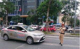 Đề xuất cấm taxi đi vào tuyến có buýt nhanh BRT để giảm tắc đường