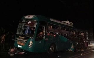 Bắc Ninh: Xe khách giường nằm phát nổ khi đang lưu thông, 14 người thương vong