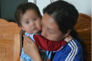 Vụ tài xế xe tải chết trong cabin: Mịt mờ tương lai con trẻ