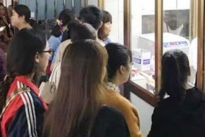 200 giáo viên xếp hàng hiến máu mong cứu học sinh bị rơi từ tầng 4 nhưng không qua khỏi