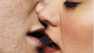 Bệnh tình dục lây qua đường miệng có thể gây ung thư