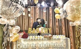Chàng soái ca tổ chức sinh nhật cho người yêu khiến bất kỳ ai cũng