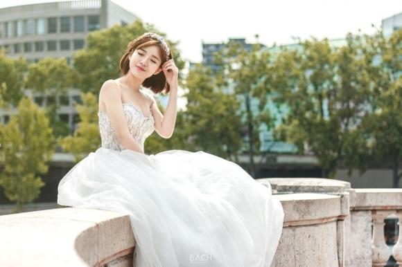 Hot girl Tú Linh MU lấy chồng 9