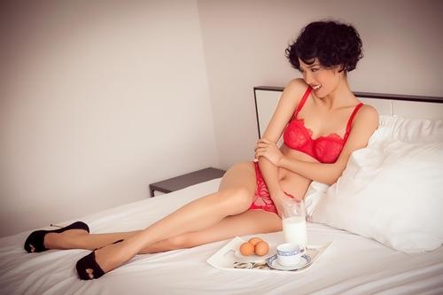 Người mẫu Kim Cương - vợ Ưng Hoàng Phúc 3