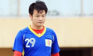 Kiatisak muốn đấu Hữu Thắng tại Pleiku, Văn Quyến làm huấn luyện viên