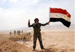 Không quân Nga giáng đòn tử thần giúp Syria giành lại Palmyra, IS trọng thương