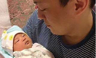 Cận mặt con gái 3 ngày tuổi của