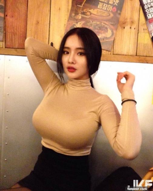 hot girl có vòng 1 tự nhiên khủng nhất châu Á2