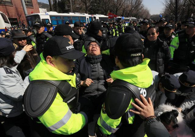 Tổng thống Hàn Quốc Park Geun Hye bị phế truất 14