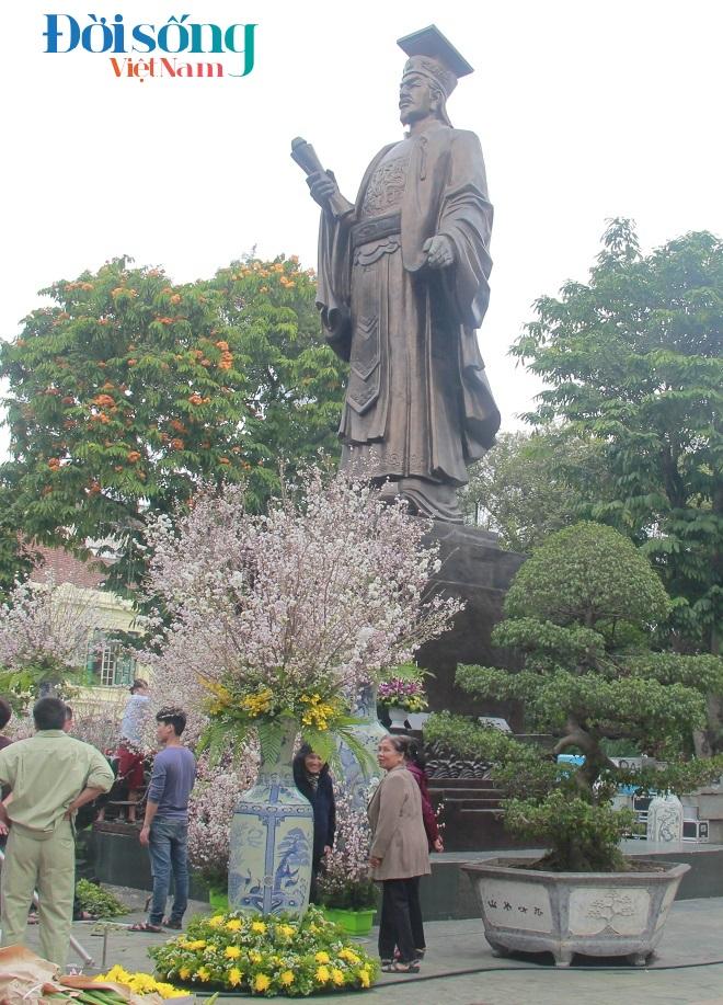 Lễ hội hoa anh đào Hà Nội 19
