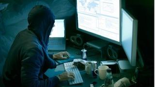 Website sân bay Tân Sơn Nhất bị tấn công: Hacker 15 tuổi bị xử lý như thế nào?