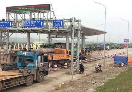 trạm thu phí Tam Nông