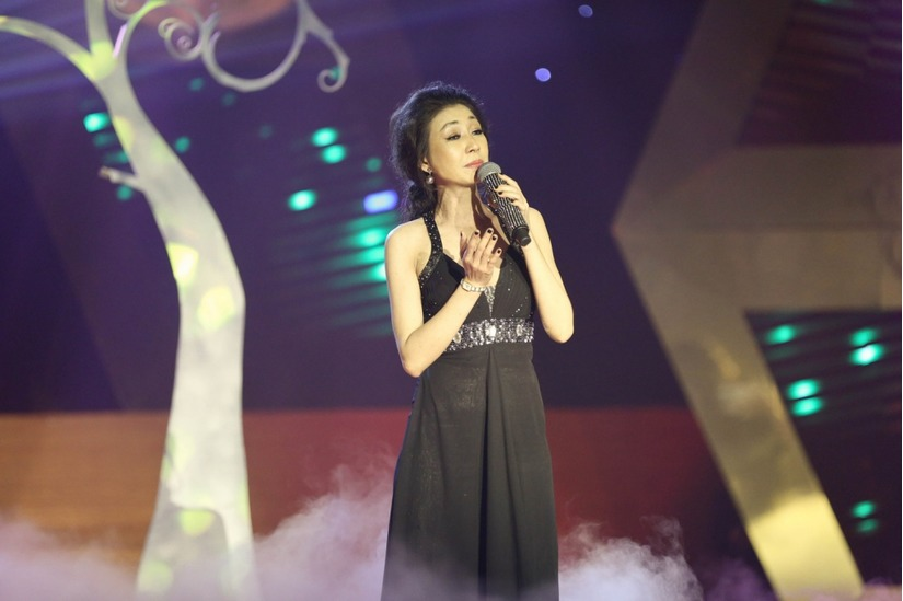 Cuộc đời ca sĩ Hà My 1