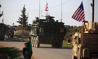 Lính Nga và Mỹ tụ về thành trì cũ của IS, đấu đá hay hợp sức?