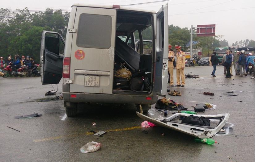 xe đón dâu gặp tai nạn