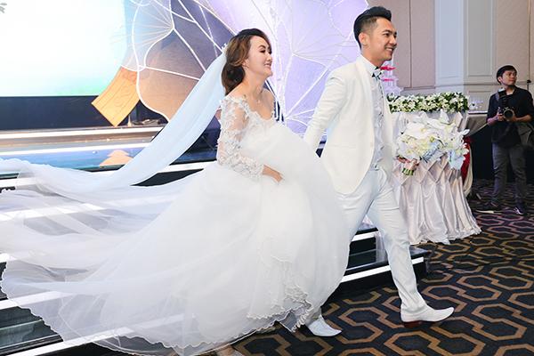 Đám cưới Mai Quốc Việt 19