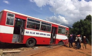 Vụ xe đưa đón học sinh gặp nạn: Tiết lộ bất ngờ về tài xế xe buýt