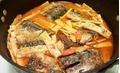 Hết sạch nồi cơm với món cá nục kho măng vị mặn ngọt, cay cay vừa ăn vừa xuýt xoa