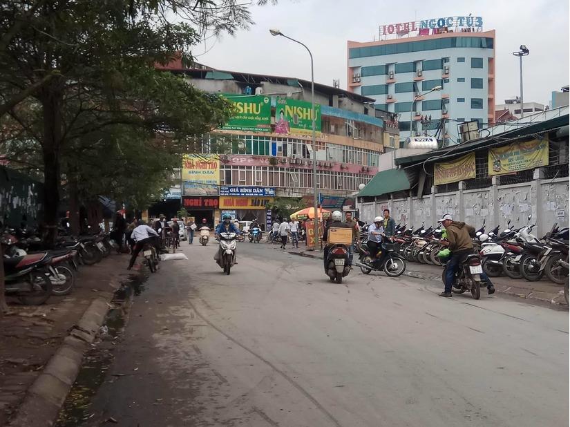 vỉa hè Hà Nội