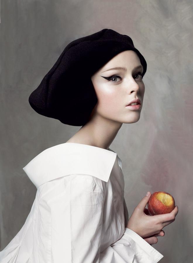 Siêu mẫu Coco Rocha tạo dáng 12