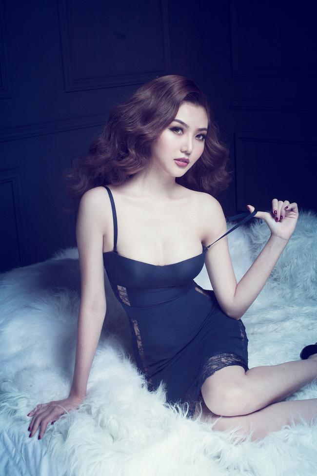 Hoa hậu Ngọc Duyên mặc nội y 9