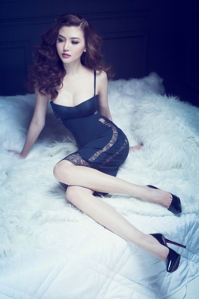 Hoa hậu Ngọc Duyên mặc nội y 8
