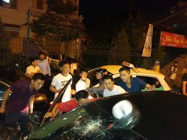 xe Camry gây tai nạn liên hoàn