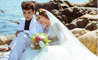 Bộ ảnh cưới đẹp như mơ của ca sĩ cặp đôi Anh Tâm – Phương Hằng