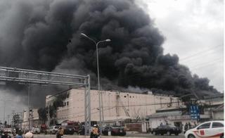 Vụ cháy lớn ở Cần Thơ: Khói và khí độc vẫn bủa vây hiện trường sau nhiều ngày