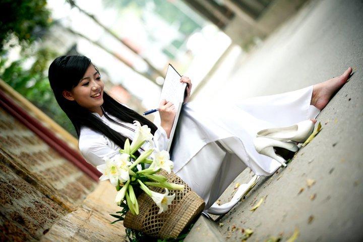 Cô giáo Phan Hồng Anh 6