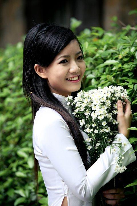 Cô giáo Phan Hồng Anh 8