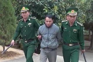 Thanh Hóa: Tóm gọn đối tượng người Lào vận chuyển 200 viên hồng phiến