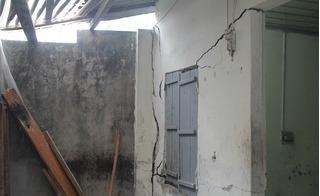Chung cư Five Star Kim Giang đào bể phốt sát móng, nhiều nhà dân có nguy cơ sập