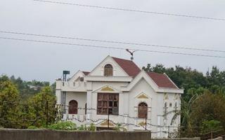 Phó Ban Nội chính tỉnh xây biệt thự không phép: