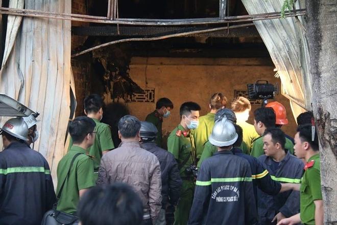 Cháy nhà dữ dội lúc rạng sáng ở Đà Nẵng 2