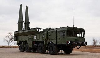 Báo Mỹ lo sốt vó việc Nga cử tên lửa đạn đạo cực mạnh Iskander-M tới Syria