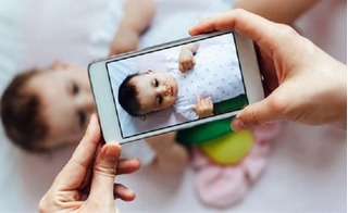 Từ 1/6/2017, bố mẹ Việt sẽ phải hầu tòa nếu đăng hình con lên Facebook
