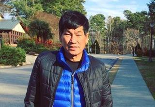 Quá khứ quan hệ đồng tính của bác sĩ gốc Việt trên máy bay Mỹ bị mổ xẻ