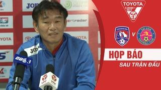 HLV Phan Thanh Hùng hết lời khen ngợi các cầu thủ HAGL