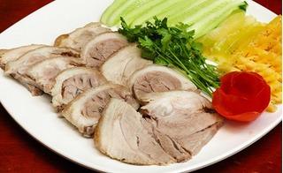 Luộc thịt lợn hãy cho thêm thứ này vào sẽ thơm ngon, trắng giòn và chín ngọt từ trong ra ngoài